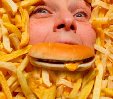 ¿Somos adictos a la comida chatarra?