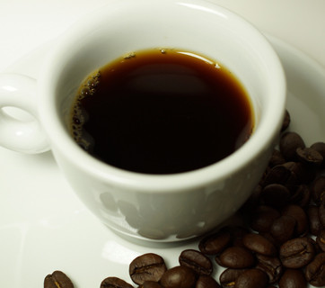 ¿La cafeína reduce la grasa corporal?